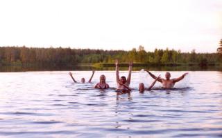 Как охладиться после бани: польза, показания и противопоказания