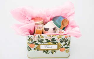 Подарки в корзине своими руками: идеи на фото