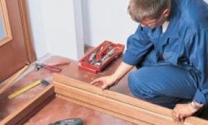 Установка добора на дверь – инструкция по выполнению работ